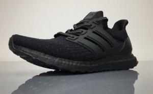 's 3.0 ultra boosts Tri Black