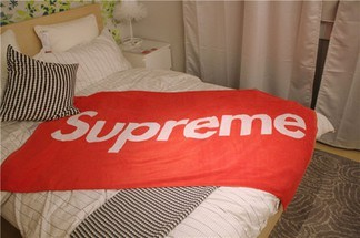 Supreme Towel