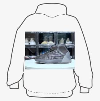 Yeezy Qntm Barium Sneakers