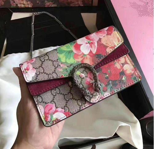 Gucci Bloom Buckle bag
